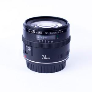 EF 24mm F2.8